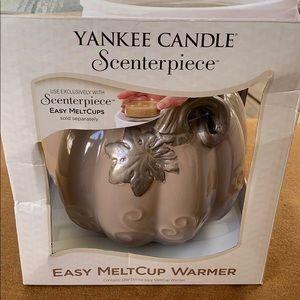 NIB Yankee Candle Scenterpiece Melt cup Warmer